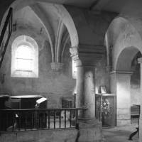 La chapelle des fonts baptismaux à l'angle nord-ouest de la nef