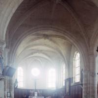 La croisée du transept et le choeur vus vers le sud-est (1997)