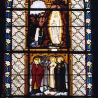Vitrail de la nef par Roussel (2003)