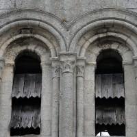 Détails des baies de la face sud du clocher (2019)
