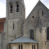 Le clocher et la chapelle sud du choeur vus depuis le sud (2019)