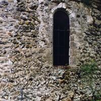Vue partielle du mur sud de la nef depuis le sud-ouest (2005)