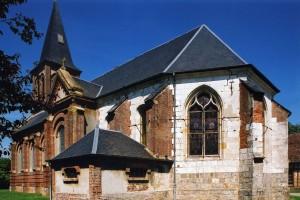 L'église vue depuis le sud-est (2004)