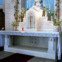 Le maître autel (2006)