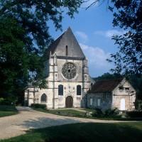 L'église dans son environnement vue du nord-ouest (1995)