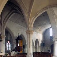 La nef vue vers le sud-ouest depuis le choeur (2000)