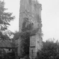 Les vestiges du clocher vus du nord-ouest (1995)