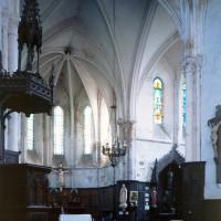 Le choeur et le bras sud du transept vus vers le sud-est