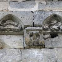La corniche de la première travée du mur nord du choeur (2019)