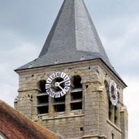 Le clocher vu du sud-ouest (2015)