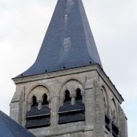 Le clocher vu depuis le sud-ouest (2008)