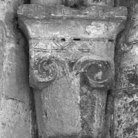 Chapiteau de l'angle nord-ouest du bras nord du transept (1995)