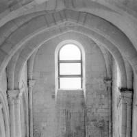 Les voûtes de la nef vues vers l'ouest depuis l'intérieur du clocher (1969)