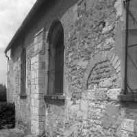 Vue partielle de la nef depuis le sud-est (1997)