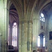 Vue partielle du transept sud et du choeur vers le sud-est