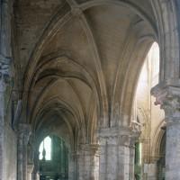 Le bas-côté nord de la nef vu vers l'est (1997)