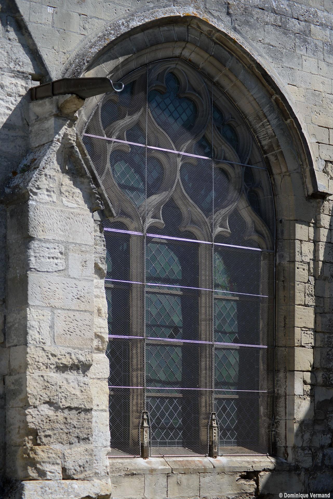 Cires les mello glise saint martin eglises de l 39 oise for Fenetre gothique
