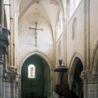 La nef vue vers le sud-est (1997)