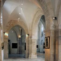 Le bas-côté nord de la nef vu vers l'est (2000)