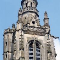 Les parties hautes du clocher vues de l'ouest (1997)