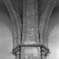 Retombée des voûtes de la nef (2000)