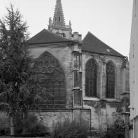 Le chevet de l'église vu du sud-est (1994)