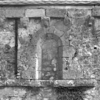 Vue partielle du mur gouttereau sud de la nef (1995)