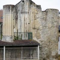 Vue partielle des vestiges de l'église depuis l'est (2016)