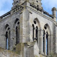 L'étage du beffroi de la tour nord vu du sud-est (2016)