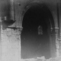 Arcade de la nef avant sa démolition