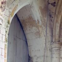 Décor polychrome à la base du clocher (1994)