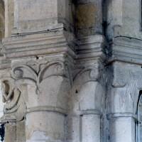Chapiteaux du 12ème siècle de l'ancien choeur (2008)