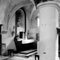La chapelle sud-est vue vers le sud-est depuis la nef (1994)