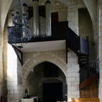 La base du clocher porche et l'orgue vus vers le sud-ouest (2016)