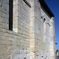 Contreforts plats au mur nord de la chapelle (2016)