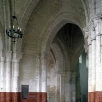 Vue partielle du choeur et de la base du clocher vers le sud-ouest  (1995)
