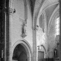 Vue partielle du bras sud du transept vers le sud-est (1997)
