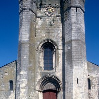 La façade ouest de l'église (1995)