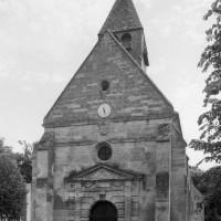 La façade ouest de l'église (2000)