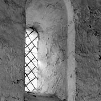 Fenêtre romane au mur nord de la nef (1970)