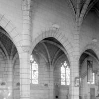 Vue partielle de la nef vers le nord-est (1994)
