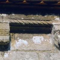 La corniche du mur gouttereau sud de la nef (1993)