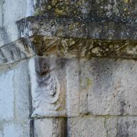 Chapiteau et tailloir au piédroit de droite du portail (2018)