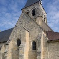 Vue partielle de l'église depuis le sud-est (2015)