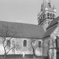 Vue partielle de l'église depuis le sud (1980)
