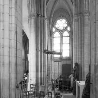 La croisée et le bras nord du transept vus vers le nord (1980)