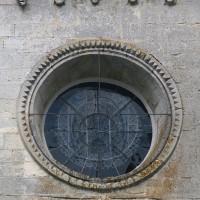 Oculus et corniche du mur ouest du bras nord du transept (2019)