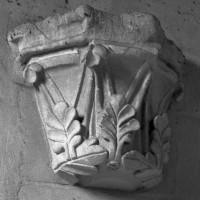 Cul-de-lampe dans l'ancienne nef (1997)