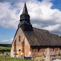 La chapelle dans son environnement vue du sud-ouest (2006)