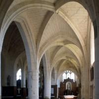 Le bas-côté sud de la nef vu vers l'est (1995)